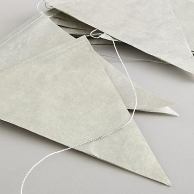Garland_Metallic_Pennant_Detail_V2