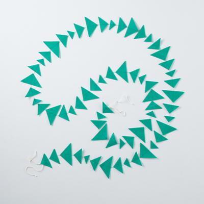Garland_ShapingUp_Triangle_TE_0112