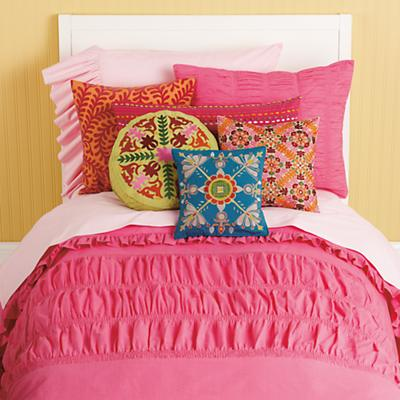 Hot_Pink_Ruched_bedding_ALT