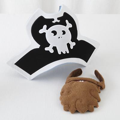 Jolly Robert Pirate Hat and Beard