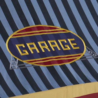 Imaginary_Playhouse_Garage_Detail_04