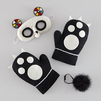 Wear the Wild Things Dress-Up Set (Panda)