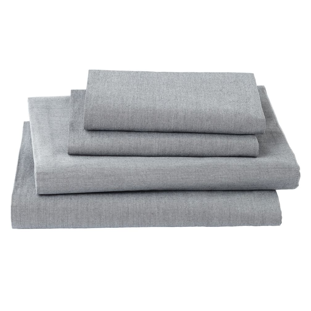 Full Grey Chambray Sheet Set<br /><br />Includes fitted sheet, flat sheet and two pillowcases