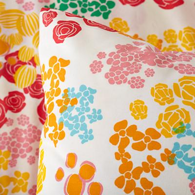 Kid_Floral_Gem_Bedding_178799_Detail_05