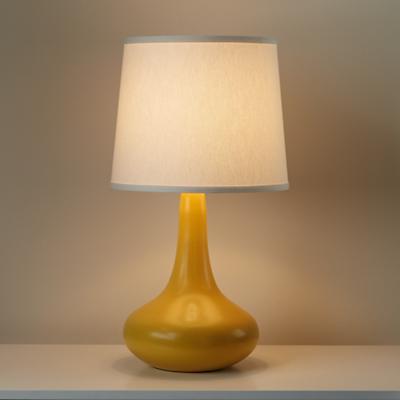 Lamp_Table_Eden_YE_on_0112rev