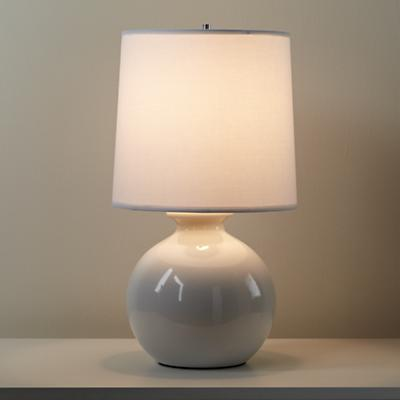Lamp_Table_Gumball_WH_on_0112