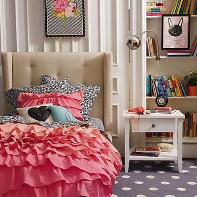 Marquee Upholstered Bed (Cream w/Pink)