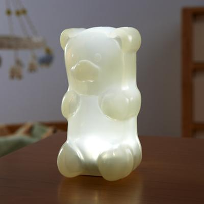 Nightlight_GummyBear_WH_ON_0112