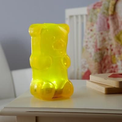 Nightlight_GummyBear_YE_ON_0112