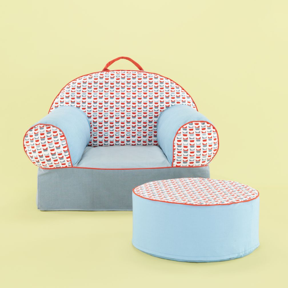 Clothesline Nod Chair and Ottoman