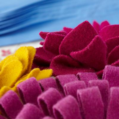 Pillow_Dahlias_Felt_Dertails_13