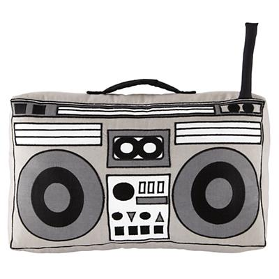 Pillow_Mix_Tapes_Boombox_LL_0412