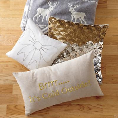 Pillows_Sparkle_MooseThrow_Fall32012