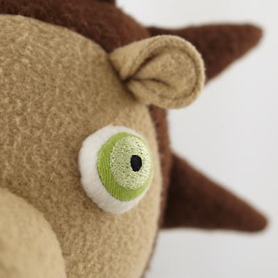 Plush_HedgeHog_Dad_Detail_02
