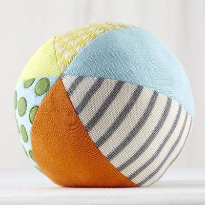 Easy Catch Large Knit Ball