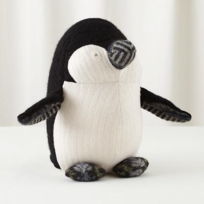 Plush_Penguin_BKWH_607227