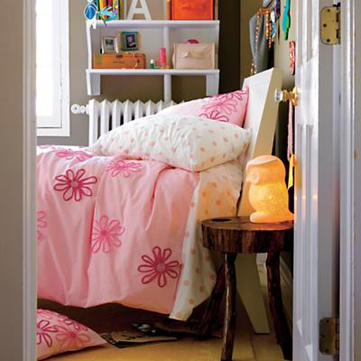 PocketPosiesBedding_Pi_WHBlake_Fall2011_VIR
