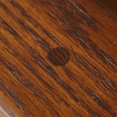 Rocker_Classic_Oak_Detail2_0112