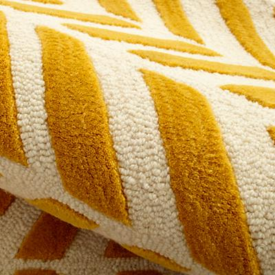 Rug_Chevron_Broken_YE_Detail_05
