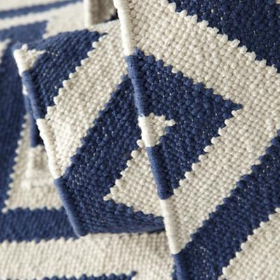 Rug_Chevron_DB_Details_10_LL_0412