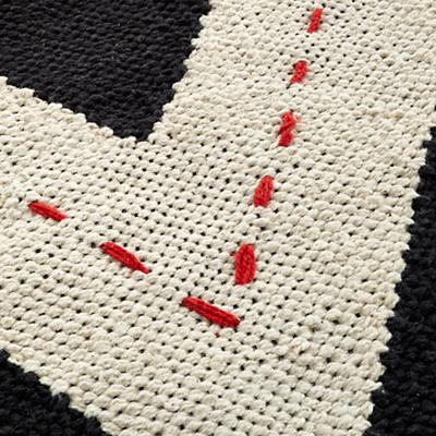 Rug_Chevron_Road_BK_219126_Detail_02