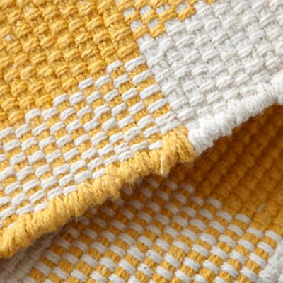 Rug_Gingham_YE_LL_Details_05