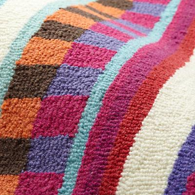 Rug_International_Multi_Detail_03_1111
