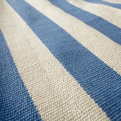 Rug_Stripe_BL_LL_01