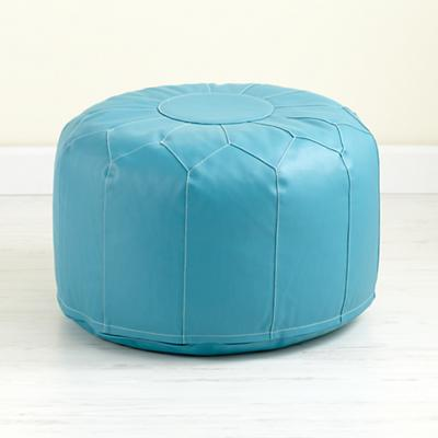 Seating_Pouf_AQ_V1_1211