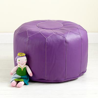Seating_Pouf_PU_V2_1211