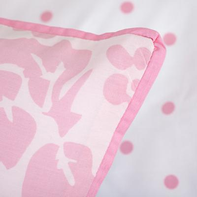 TDLR_Dream_Girl_PI_Bedding_Detail_05