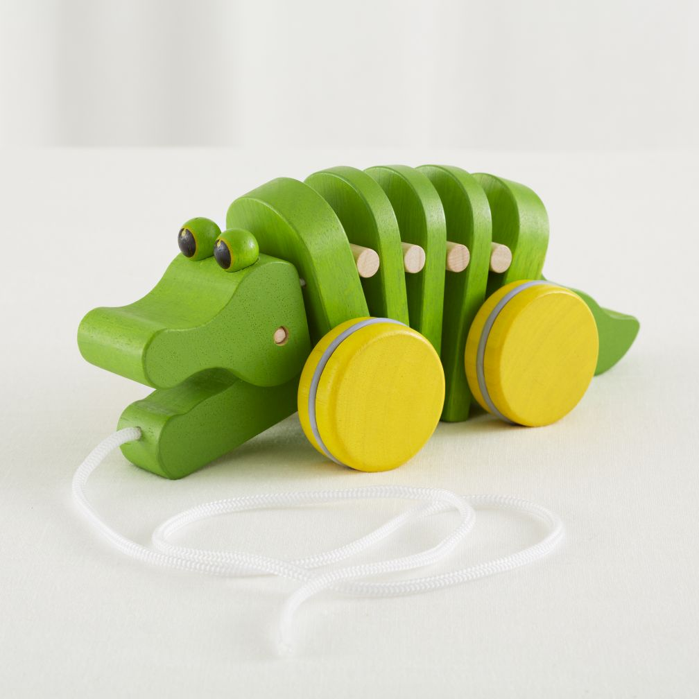 Alligator String Pull Toy