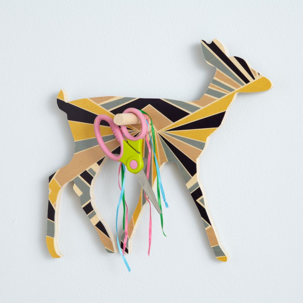 Flashy Forest Deer Wall Hook (Blue/Yellow)
