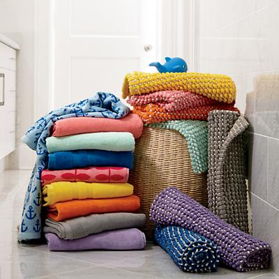 assorted_bath_towels_rugs