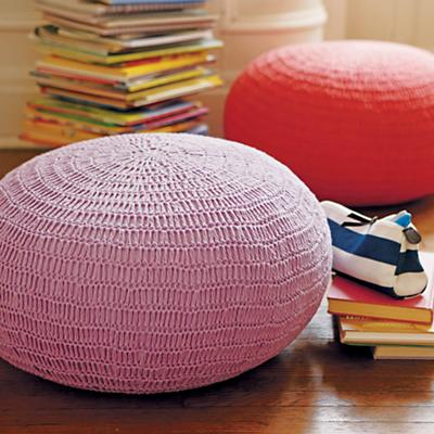 knitted poufs_VIR_Cat0712